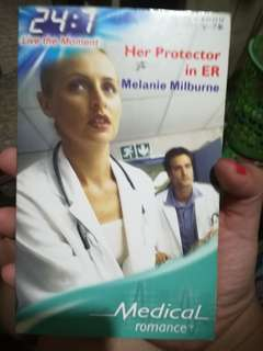 Mills and Boon Medical Romance Her Protector in ER