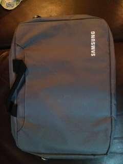 全新 Samsung 電腦袋 附肩帶