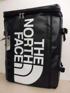 +The North Face BC FUSE BOX後背包方桶包方型包電腦包