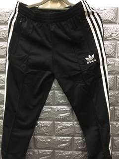 🚚 Adidas 三條線 窄版 長褲 黑色