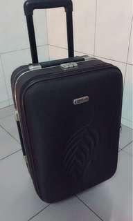 🚚 行李箱 18吋