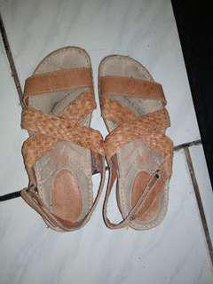 Sandal hush puppies murah original
