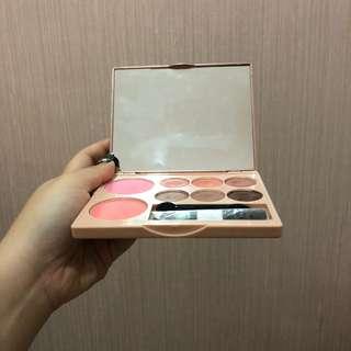Beauty press palette