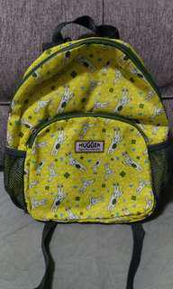 Hugger 兒童背包