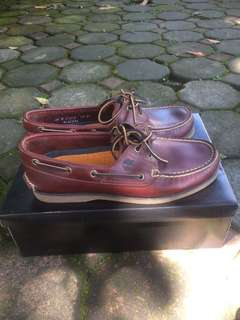 Timberland 25077 size 8 ox blood