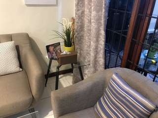 Kursi tamu atau Sofa