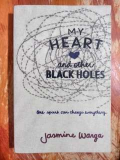 [PRE-LOVED] My Heart and Other Black Holes by Jasmine Warga