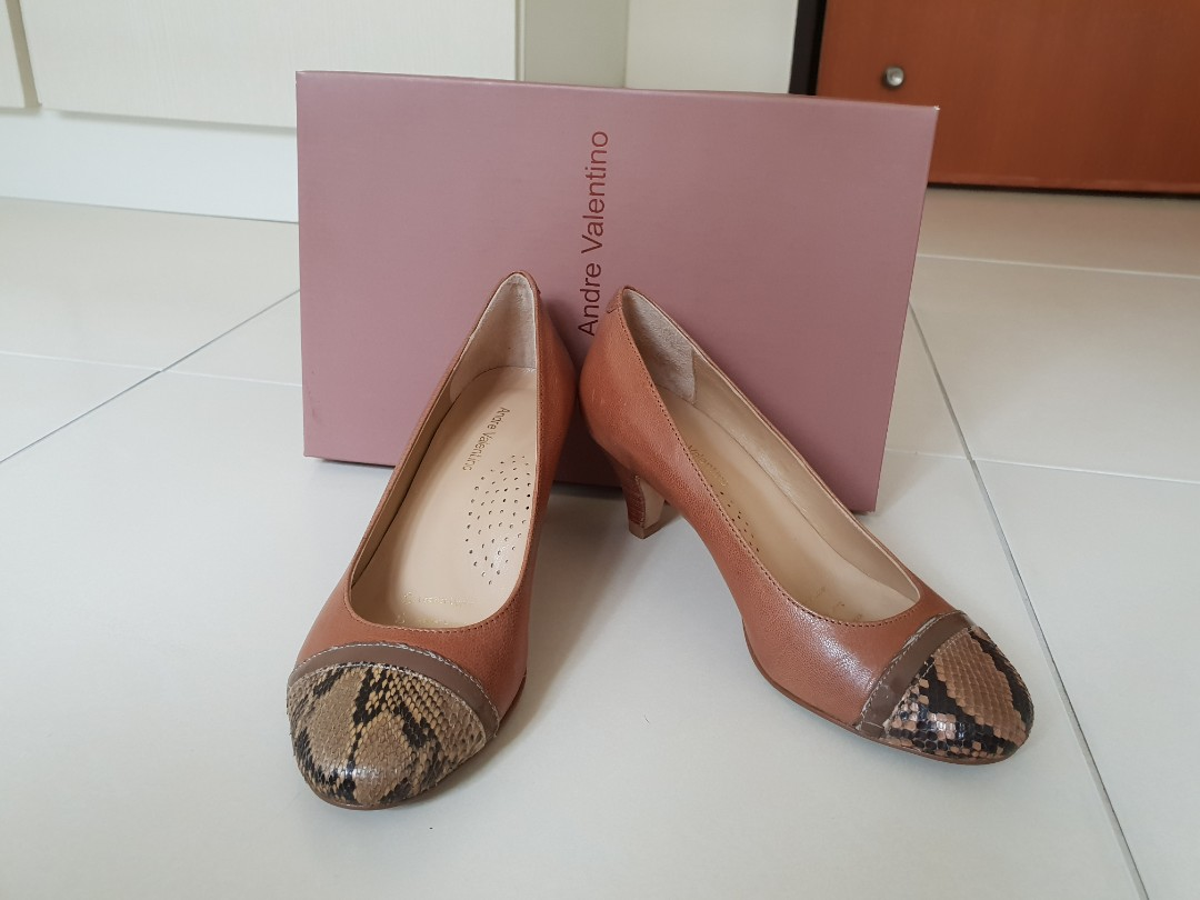 e044188d74d2d Andre Valentino from Isetan, Women's Fashion, Shoes, Heels on Carousell