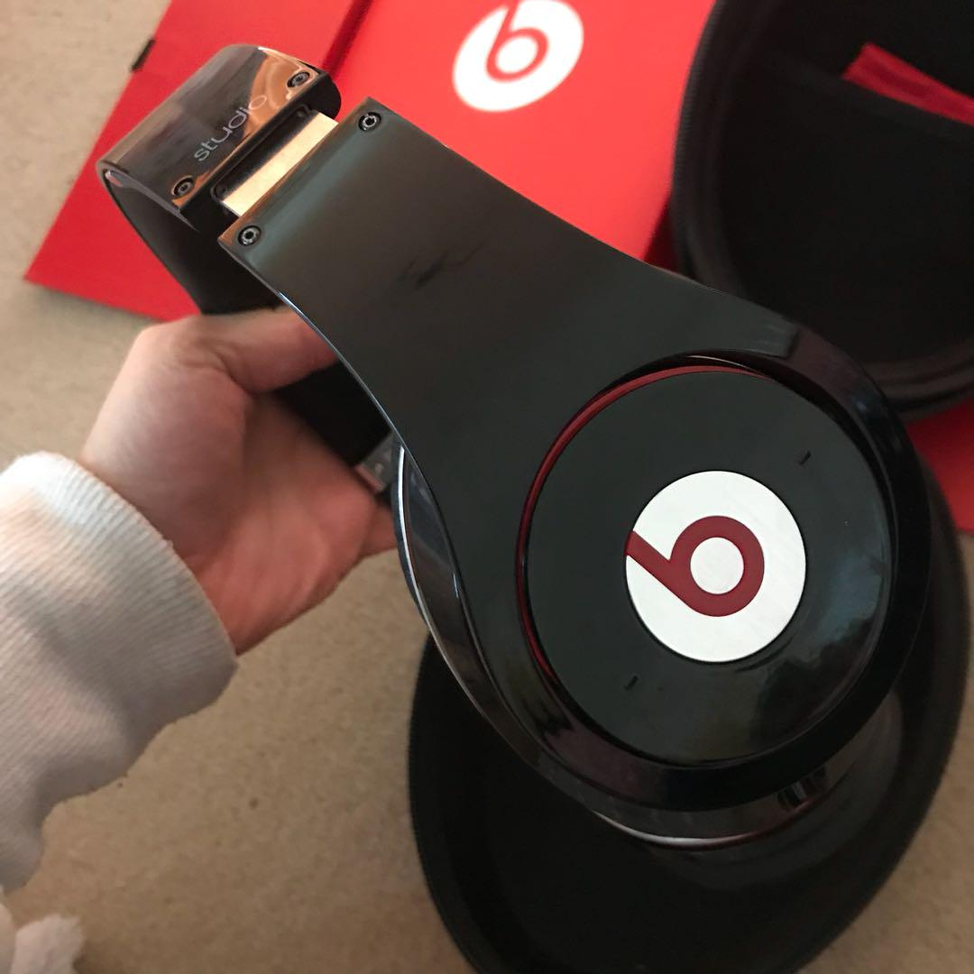 Beats by Dr. Dre Studio 1.0