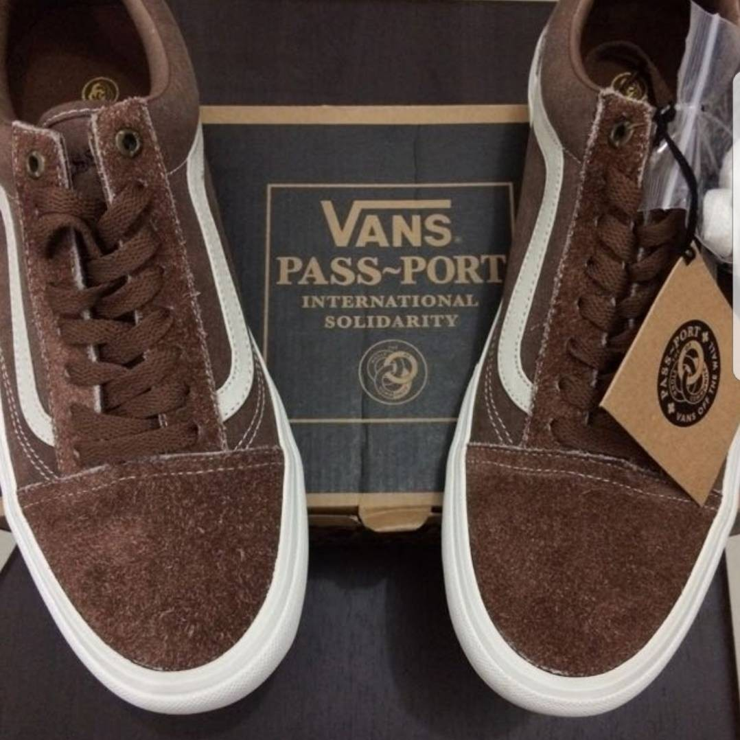 5794d85a1f BNIB!  VANS Oldskool Pro X Passport LTD Edition