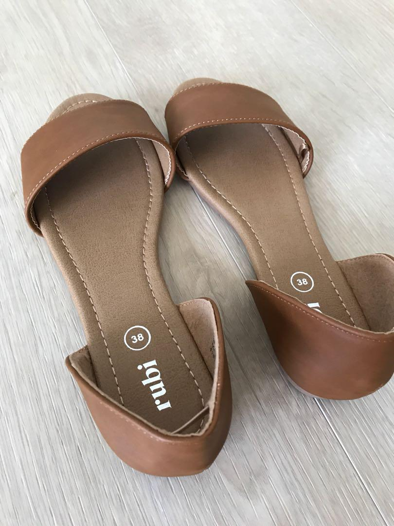 Brand New Brown Cotton On Sandals