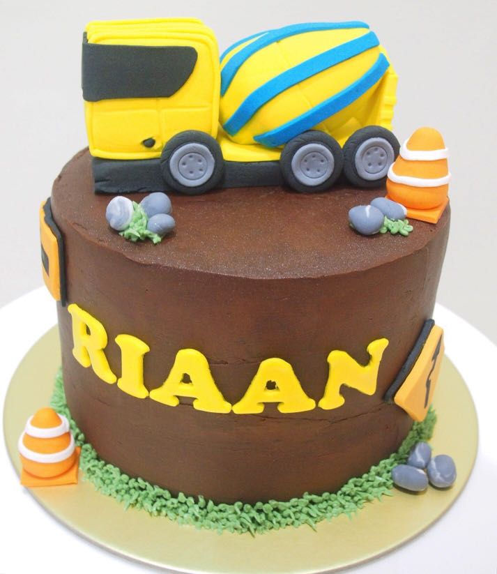 Cement Mixer Truck Cake Food Drinks Baked Goods On Carousell
