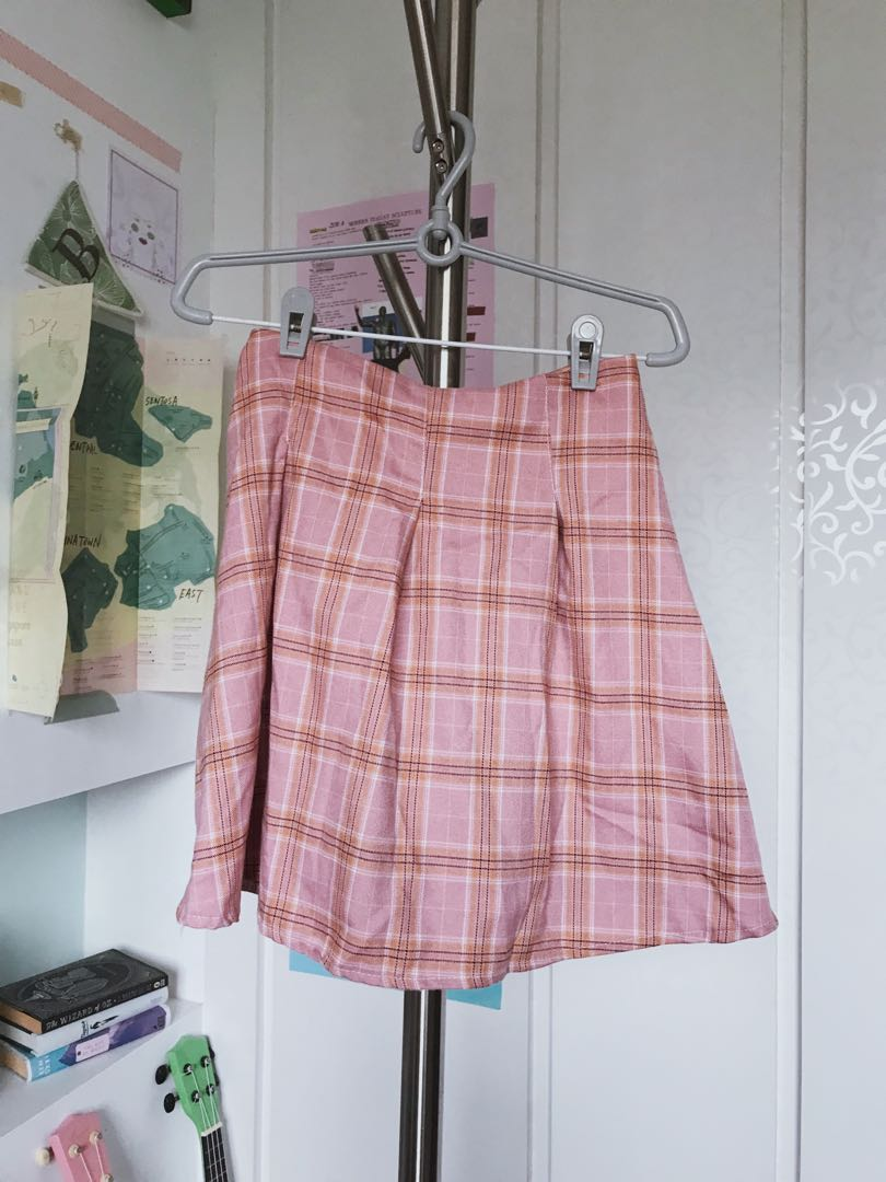 a45cf28413 Checkered Tennis Skirt stretchy pink orange peach, Women's Fashion,  Clothes, Dresses & Skirts on Carousell