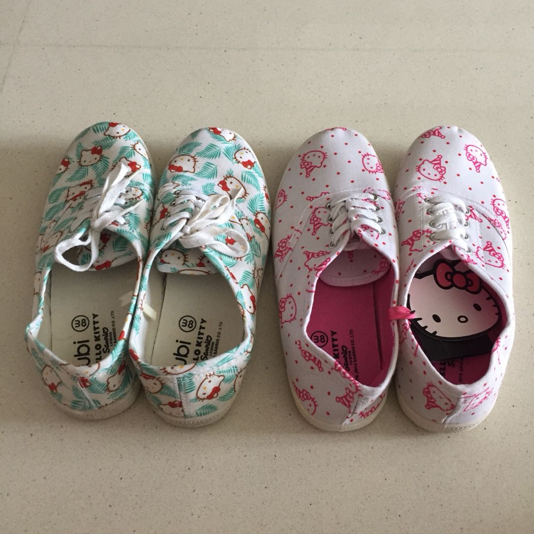 competitive price adf33 36331 Hello Kitty Sneakers, Women s Fashion, Shoes, Sneakers on Carousell