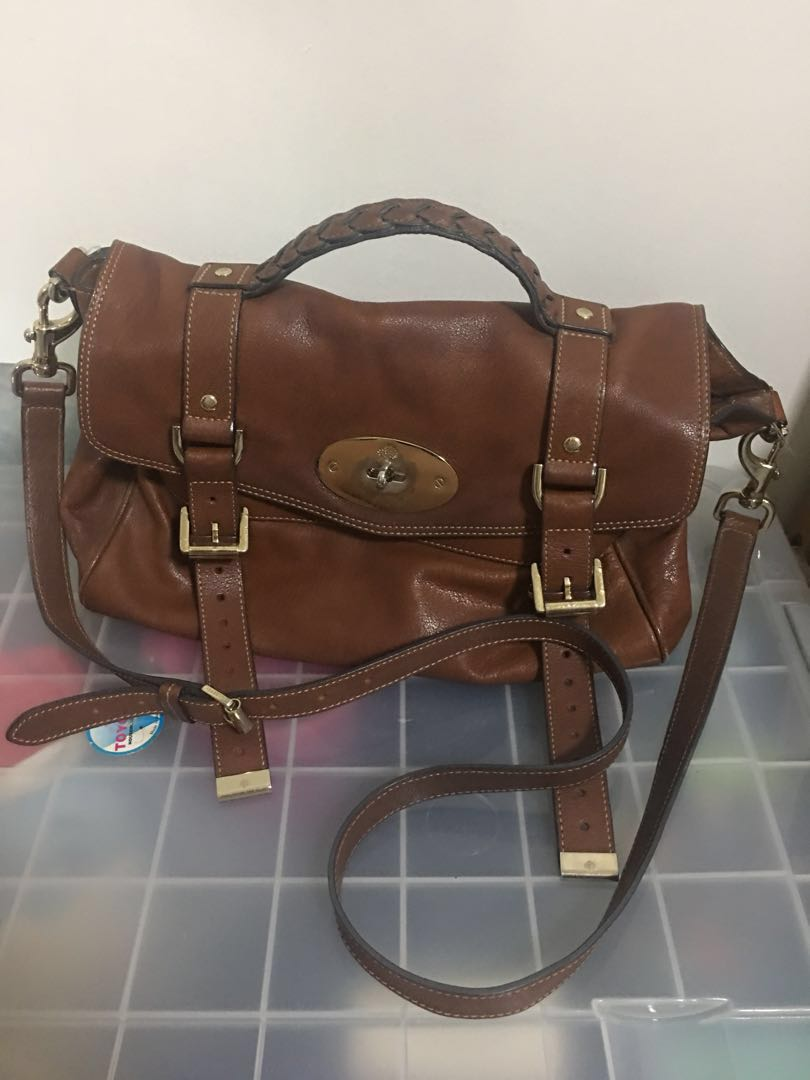 590e85c00e3 Mulberry Alexa bag [authentic], Luxury, Bags & Wallets, Sling Bags ...