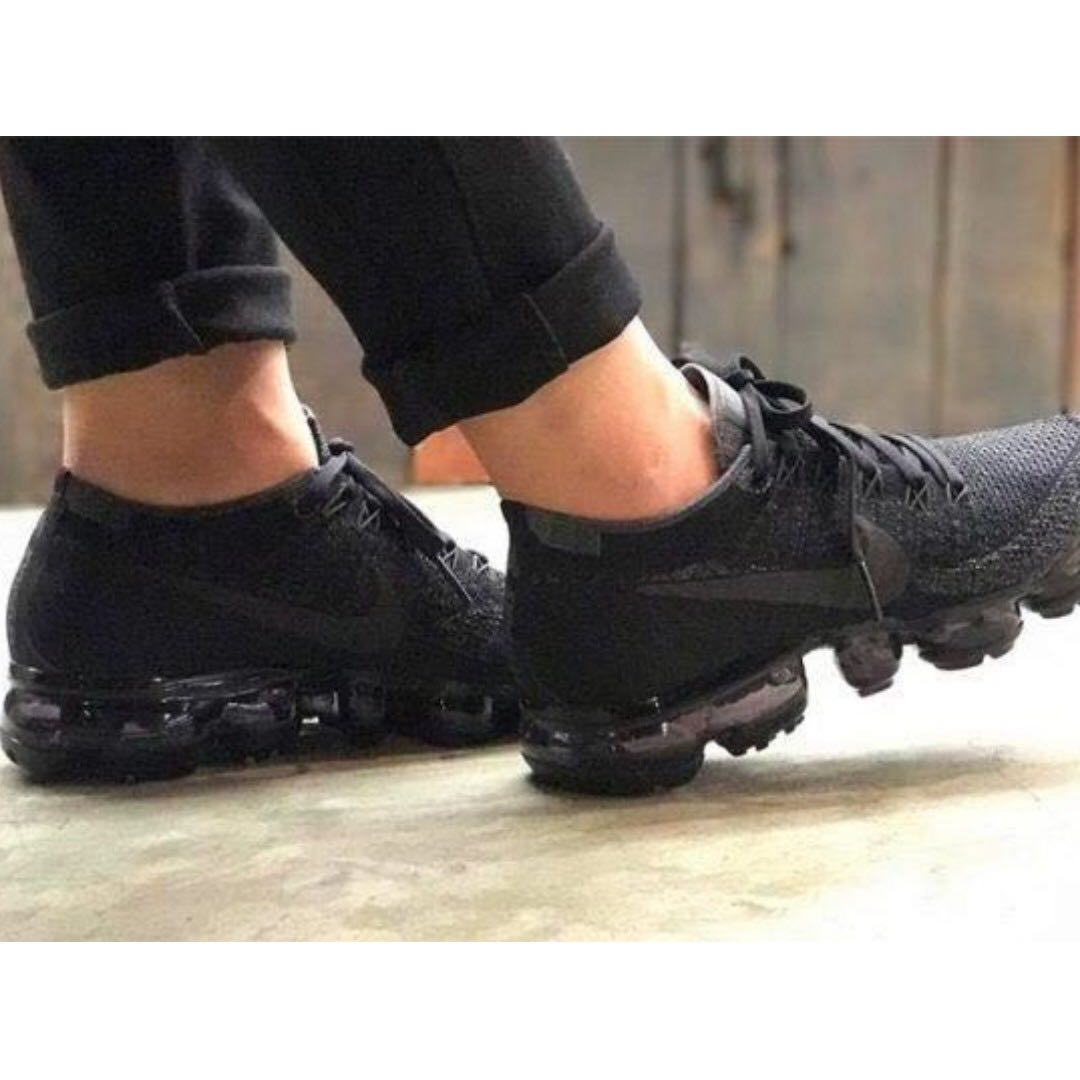 check out 26825 b1cd3 Nike air vapormax flyknit triple black, Men's Fashion ...