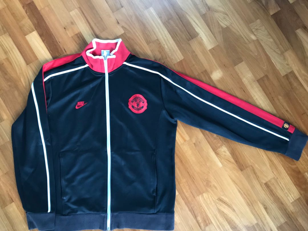 c866a112cf8 Nike Manchester United N98 Track Jacket size L (authentic)