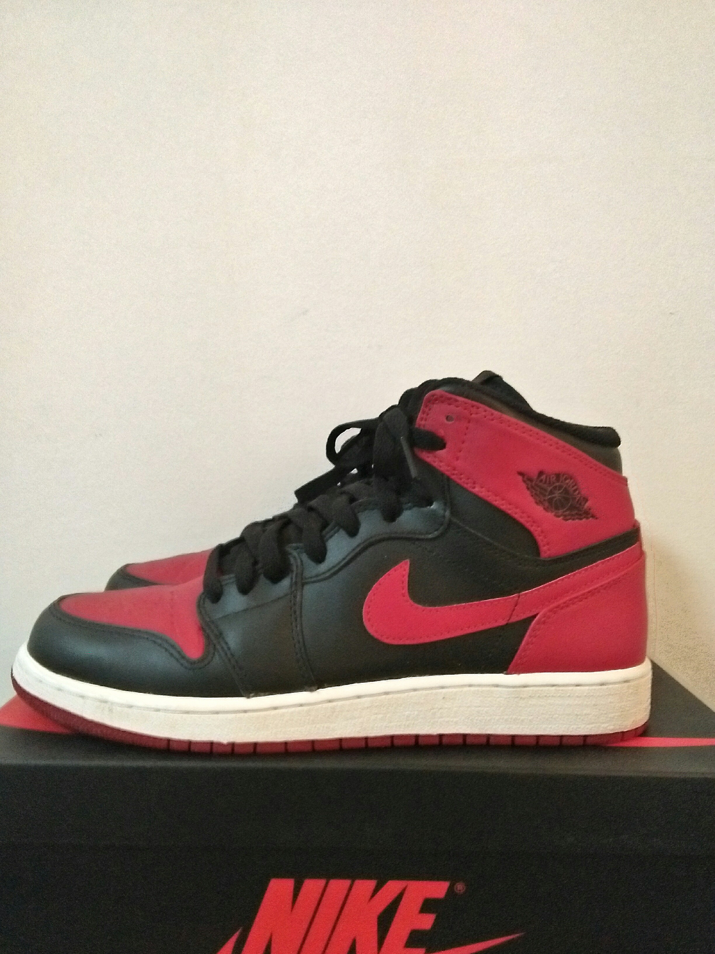 Us 7 Nike Air Jordan 1 Rerto High OG breds 2013 Gs c552ad084