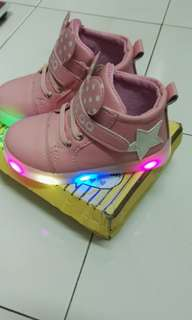 Girls' Korean-style LED Light Sneakers shoe