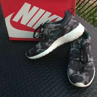 Camou Roshe Run