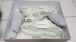 Balenciaga triple s cream white