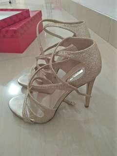 Guess Gold Texture Heels