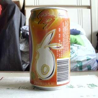 99年香港兔年賀年可口可樂罐一個