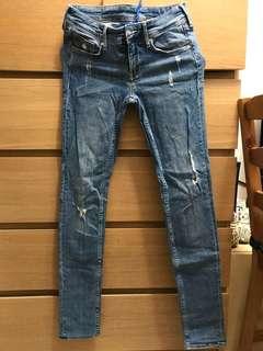 H&M Skinny Jeans 牛仔褲
