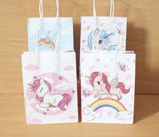 Pretty gift bags with Unicorn design only $1.50 each with 20pc order