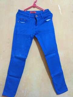 Celana Biru Skinny