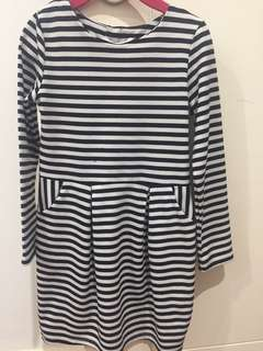 H&M stripes long-sleeve dress US 4-6yo
