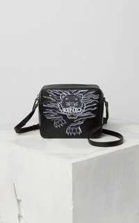 Kenzo mini tiger crawling camera bag