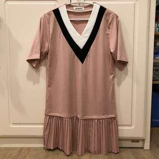 🚚 V領氣質洋裝