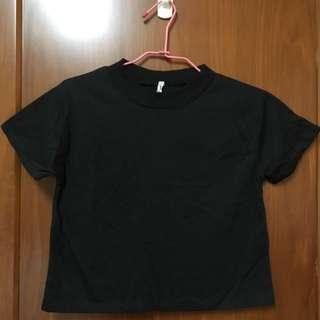 素色短版上衣-黑色