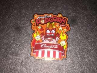 香港迪士尼 徽章 Disney Pin Popcorn & Pretzel Inside Out Angry