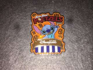 香港迪士尼 徽章 Disney Pin Popcorn & Pretzel Stitch 史迪仔