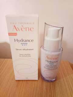 (全場最平)Avène 雅漾長效鎖水保濕精華30ml Avène Hydrance INTENSE Serum rehydratant Rehydrating serum 30ml