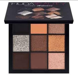 Huda Beauty Smokey Obsession Eyeshadow Palette