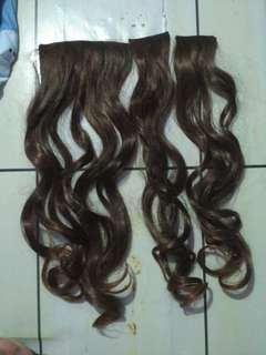 Hairclip brown ombre curly