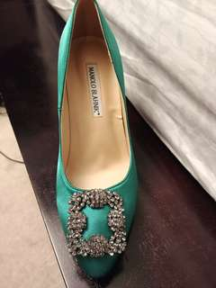Manolo Blahnik pumps - got it as a wedding gift never wore 7.5