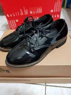 🚚 漆皮牛津鞋