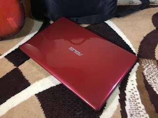 Asus A550L Core i5 Ram 4GB dual nVidia 820m PERFECT