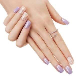 🚚 Dashing DIVA Magic Press Nails-Dewy Violet