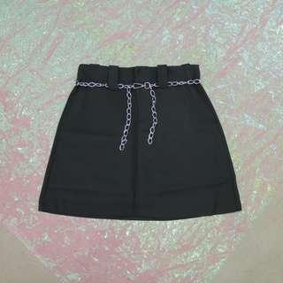鐵鍊造型短裙