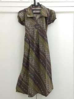 Dress batik hijau army