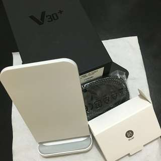 LG V30+ (Blue) 128G with accessories