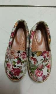 台灣良品製造富發牌花布款直套式女童鞋MIT尺寸19