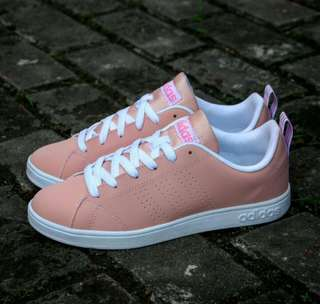 Adidas Women Neo Peach BNWB
