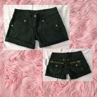 Hotpants/celana pendek wanita