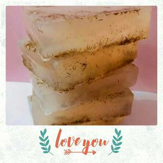 🚚 Handmade Lemongrass With Leaves Scrub Soap (Free 3 Ebooks With Every Purchase)